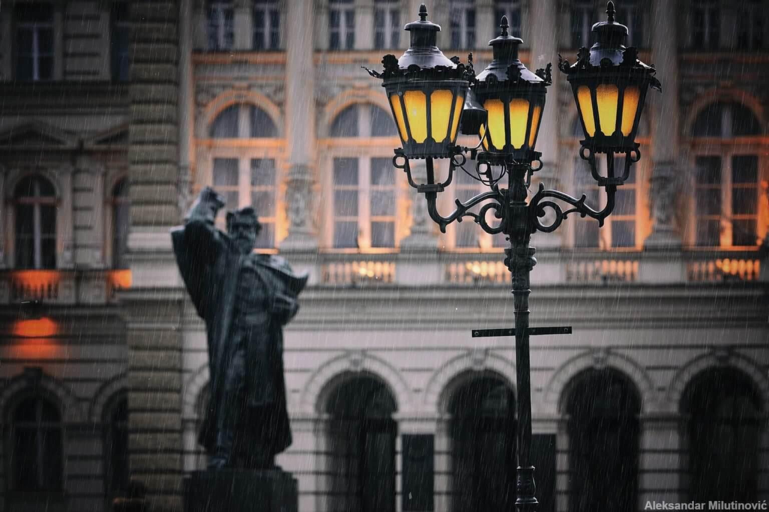 Novi_Sad_4_youth_statua